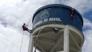 realização da manutenção hidráulica predial
